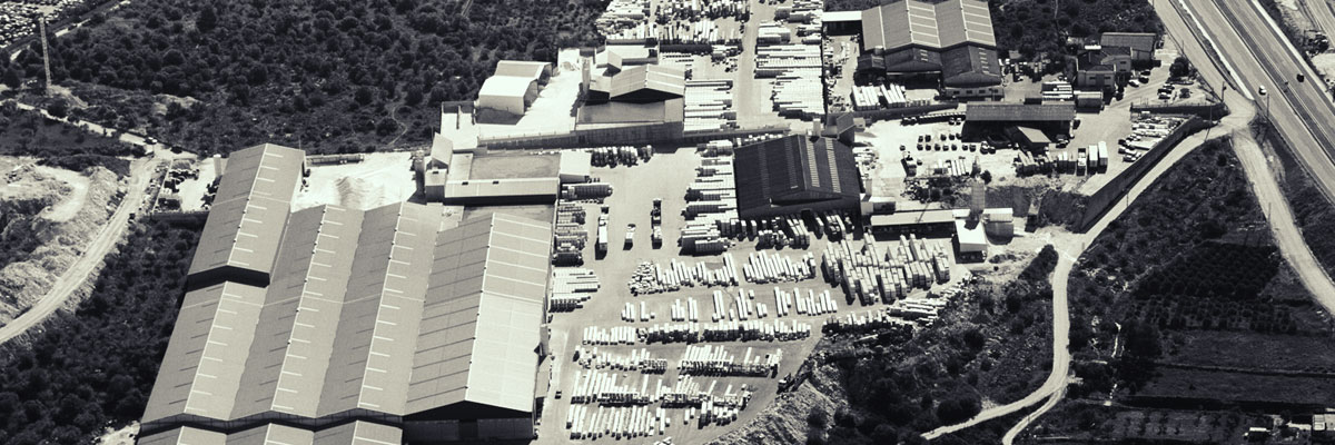 Specialist in the manufacture of structural and ornamental concrete products since 1981.